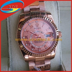 Replica Rolex Wrist Rose Gold Color with Date