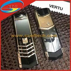 Replica Vertu Signature S Ceramic Body Luxury Cell Phone