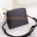 Louis Vuitton DAYTON REPORTER MM N41409 damier-graphite LV Message Bags