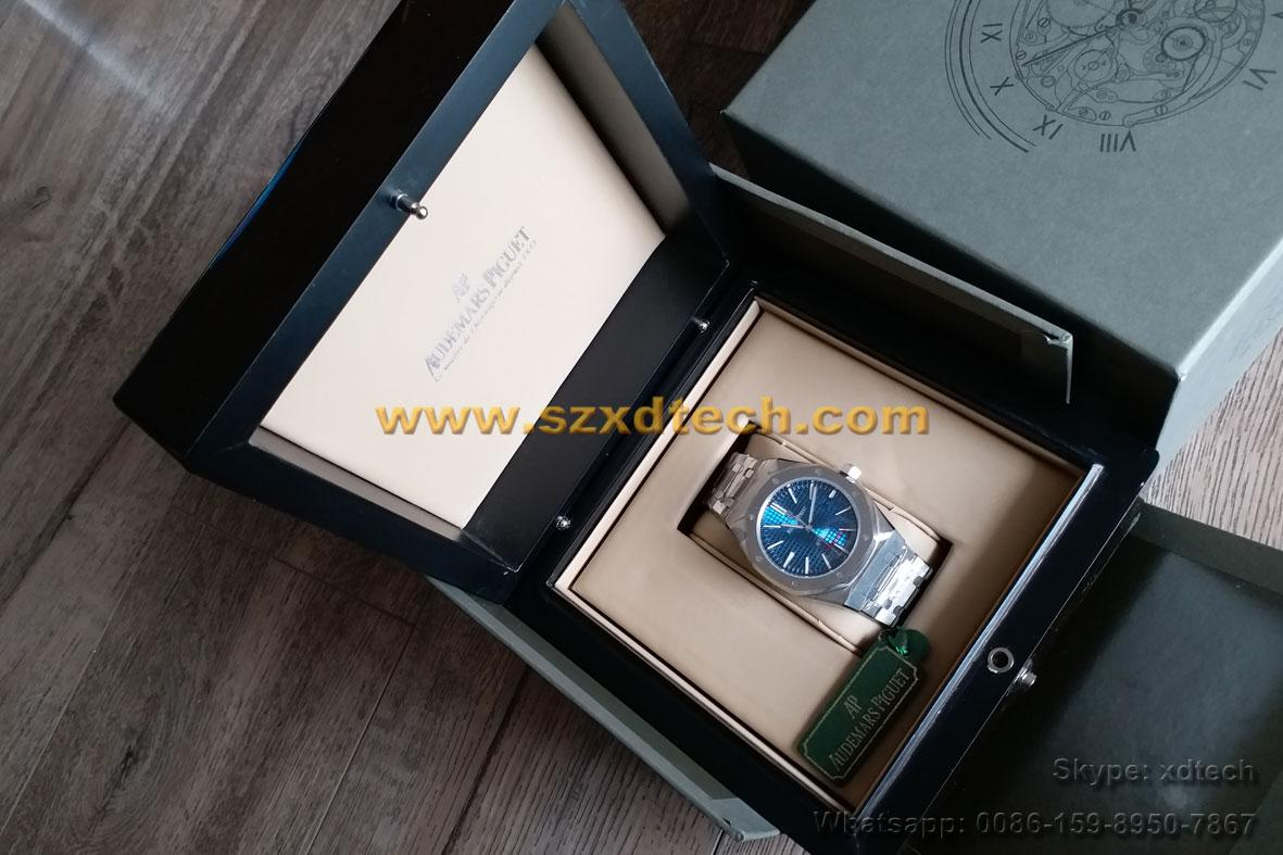 Replica Audemars Piguet Royal Oak Collection Cool Business Watch 12