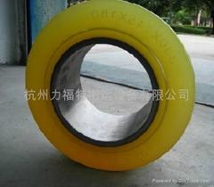 BT叉車輪子
