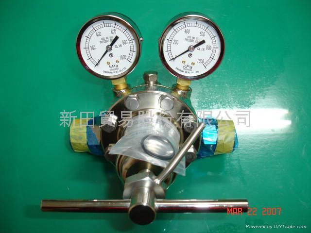 鋼瓶,配管用調整器與配件 1