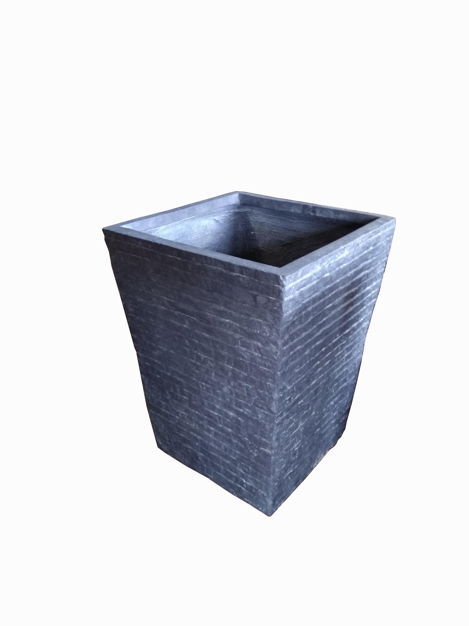 Fibre glass pot 1