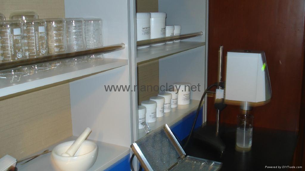 Laboratory viscometers