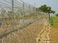 Border Razor Fencing CW-09