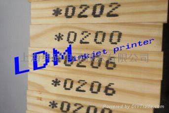木材专用大字符喷码机 1
