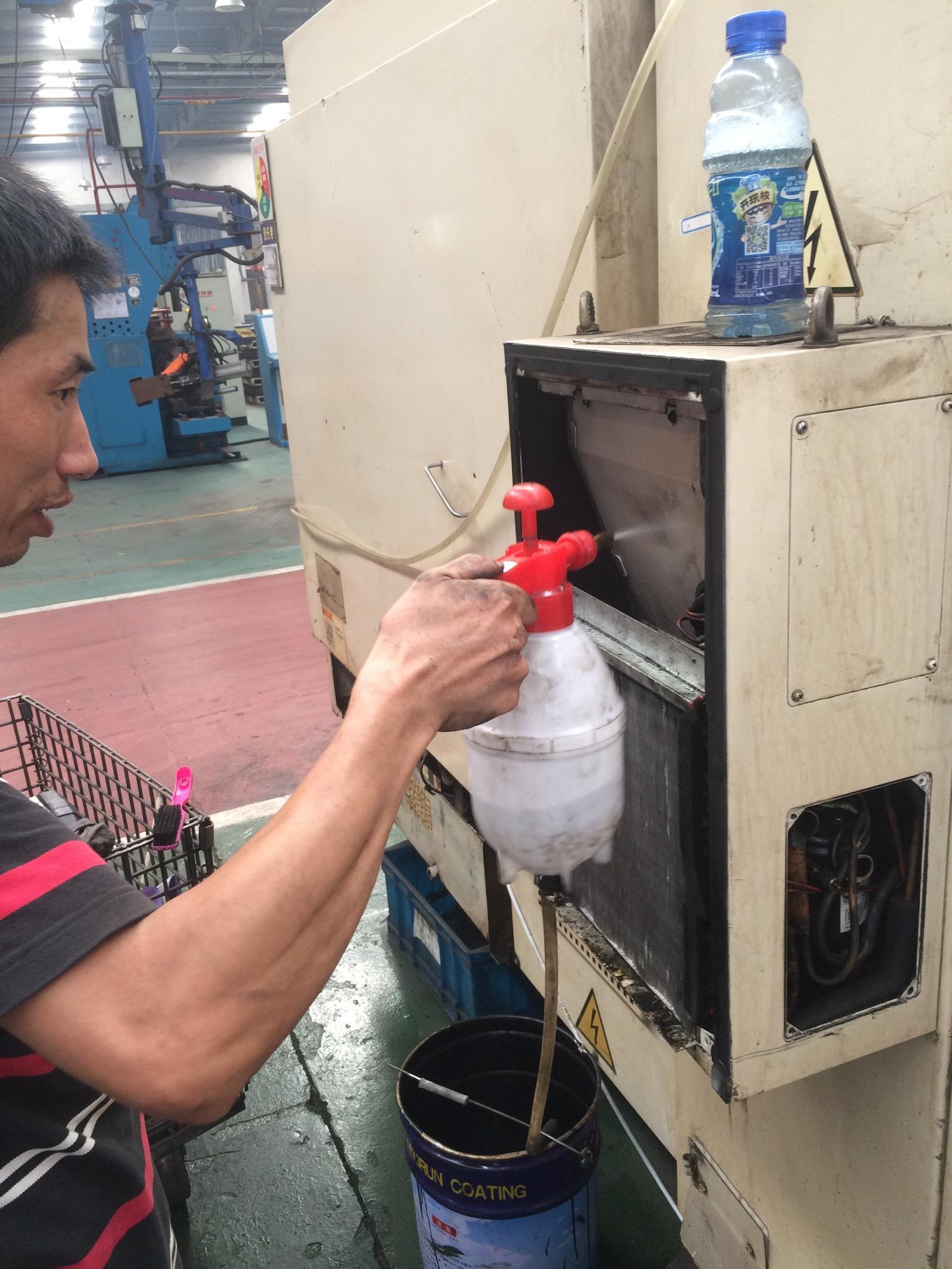 工業機櫃空調維修保養改造 3