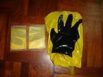 Disposable PE glove adhere to the PE bags for pets