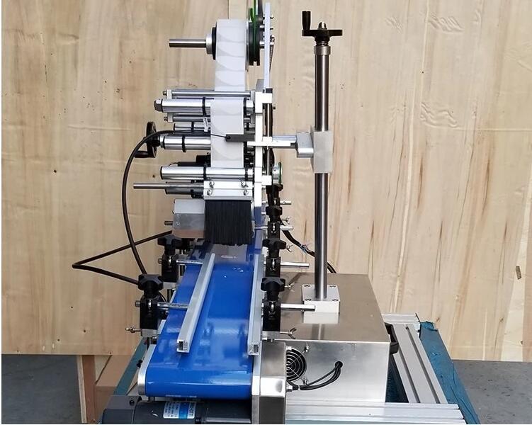 自动桌面平面贴标机 X-200T 2