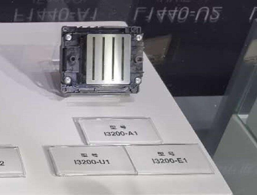 Epson i3200-a1 piezoelectric photo printer nozzle 2