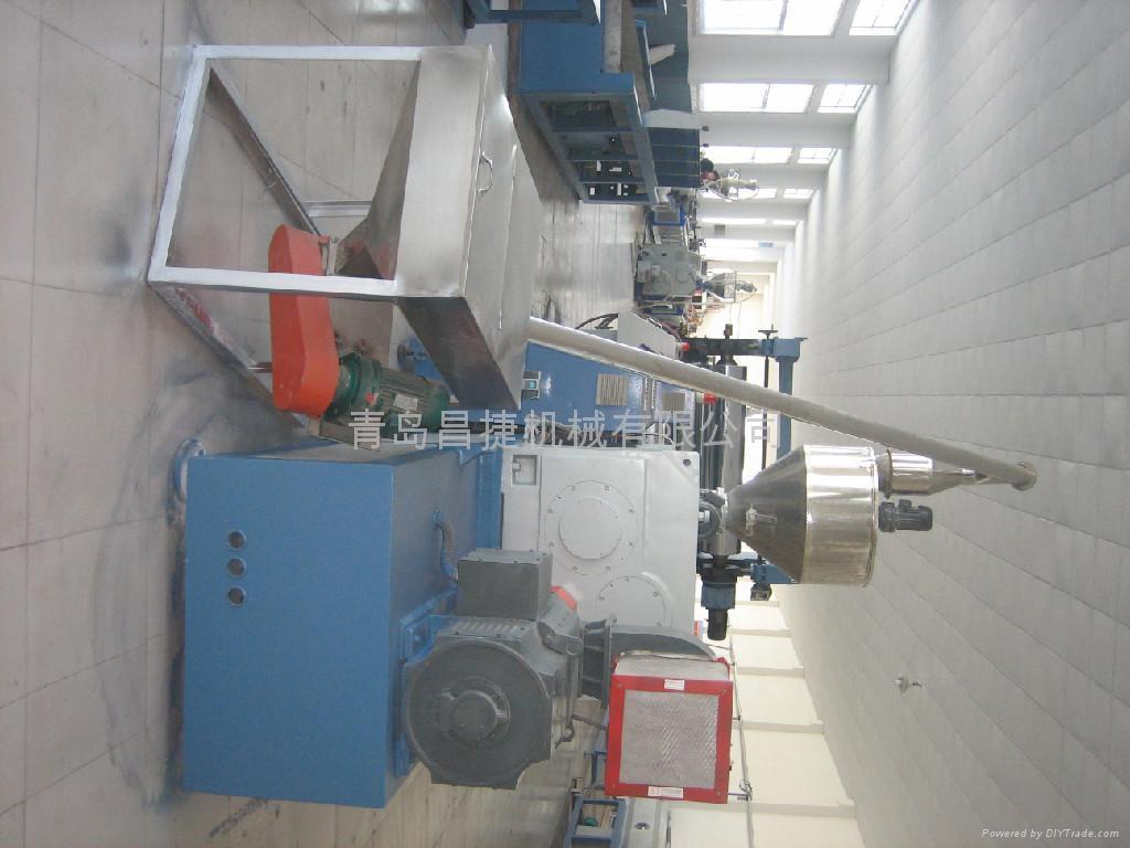 供應PVC結皮發泡板生產線 4