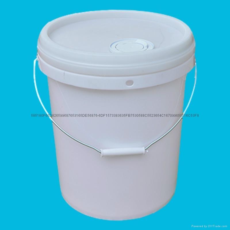 深圳塑料桶廠家生產20升機油桶 1