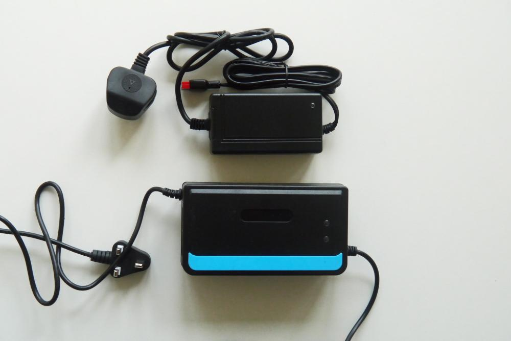 Lead Acid Storage Battery Charger for Electric Bicycle/Car 1