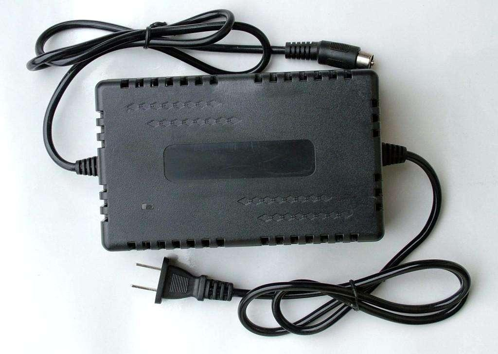 36V 2A Dynamic Power Battery Charger 4