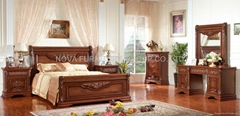 classic wooden bedroom f