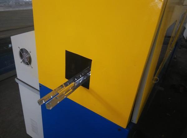 可折疊包裝箱生產設備 3
