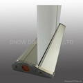 Roll Up Banner Stand model 17 Deluxe