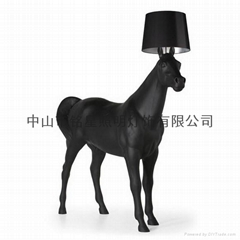 Big horse resin floor lamp good sales handwork hotel lighitng
