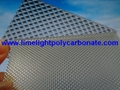 Prismatic polycarbonate sheet embossed