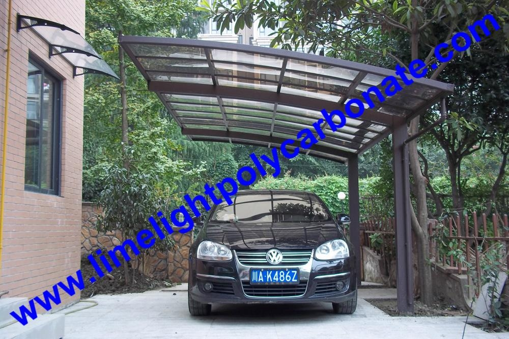 Carport with aluminium alloy frame and polycarbonate glazing