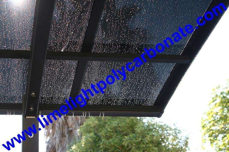 carport with aluminium alloy frame and polycarbonate glazing