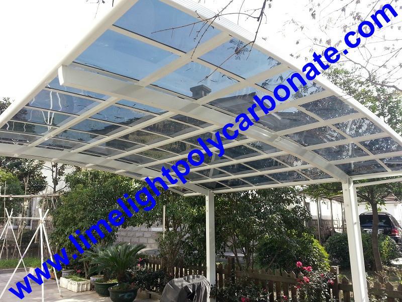 White aluminium frame and light grey polycarbonate solid sheet aluminium carport 1