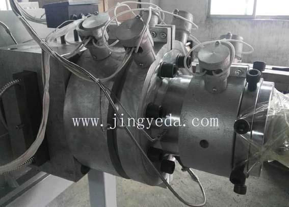 Optional: head cast ring heater
