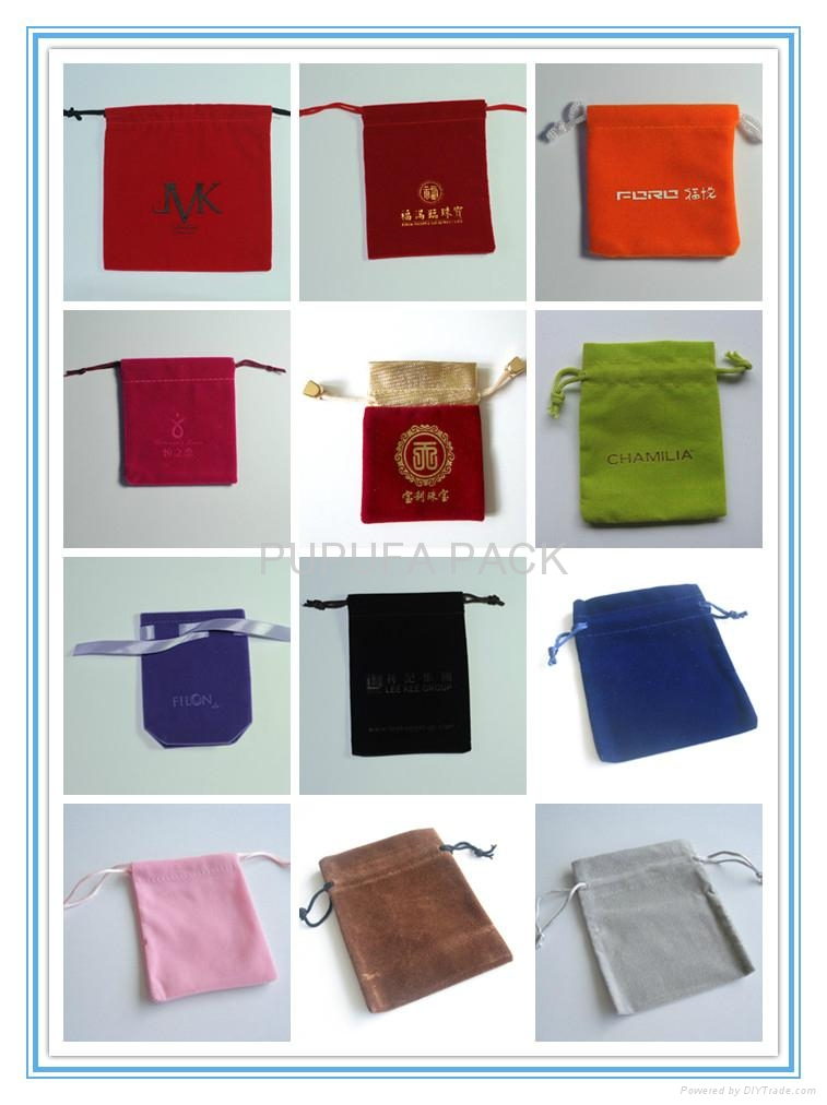 Various sizes and colors of rectanganle velvet pouches 1